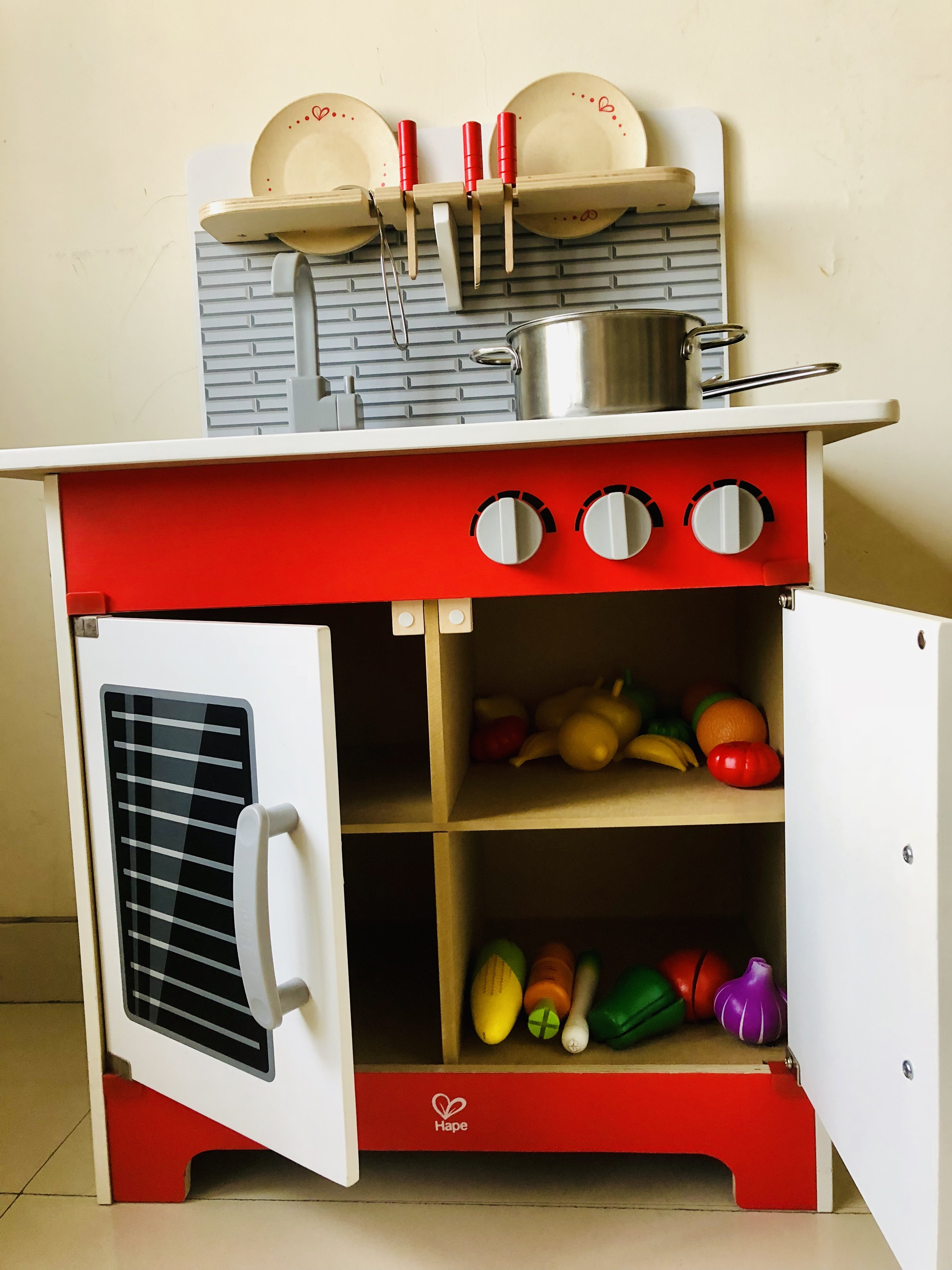 Hape play kitchen for kids