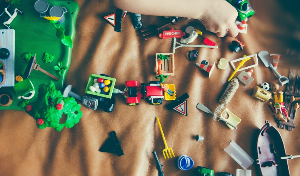 age appropriate toys-skola toys