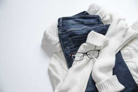 declutter your wardrobe-minimalist wardrobe