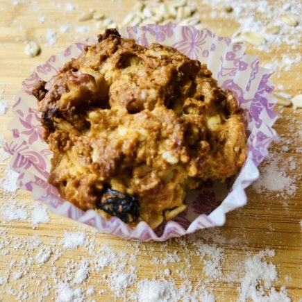 healthy oat muffins
